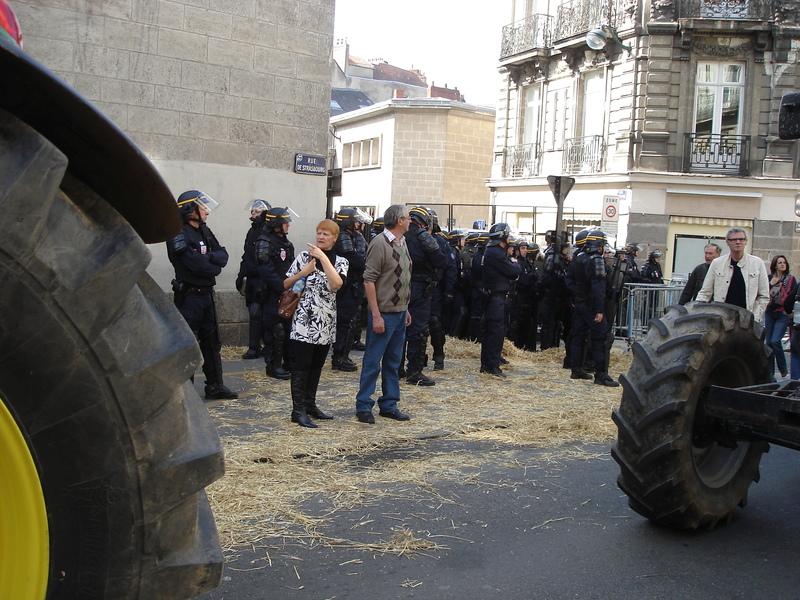 Imposante présence policière