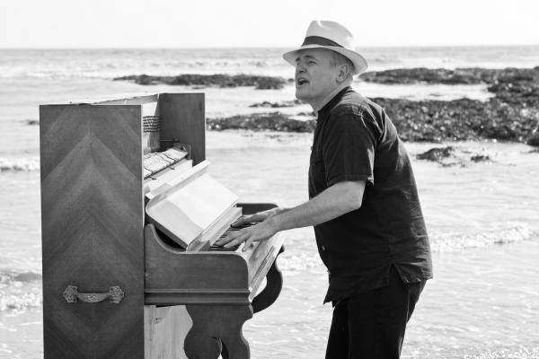 Francois piano mer bd