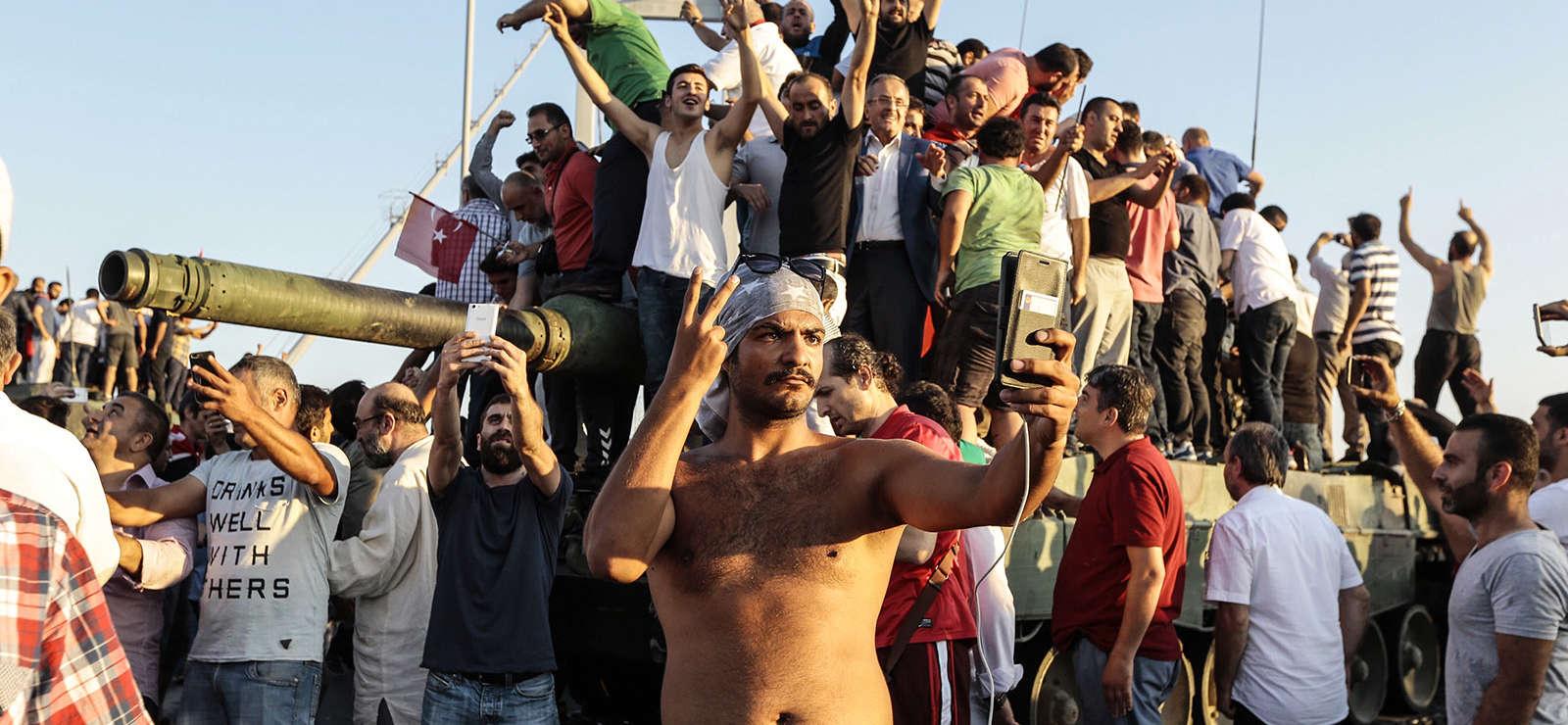 Turquie : l'échec du putsch renforce Erdogan