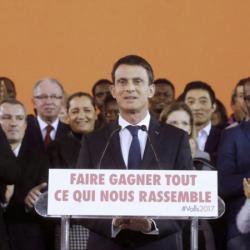 « Manuel Valls, le champion du 49.3, a la mémoire qui flanche »